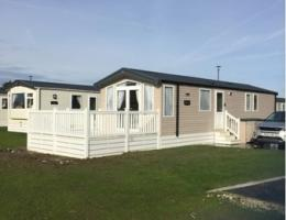 Yorkshire Flamingoland Holiday Park 6551