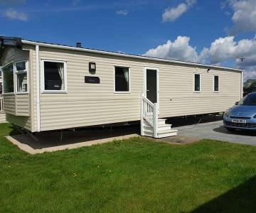 Yorkshire Flamingoland Holiday Park 9785