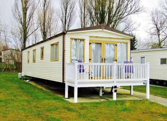 ref 10118, Hopton Holiday Village, Great Yarmouth, Norfolk