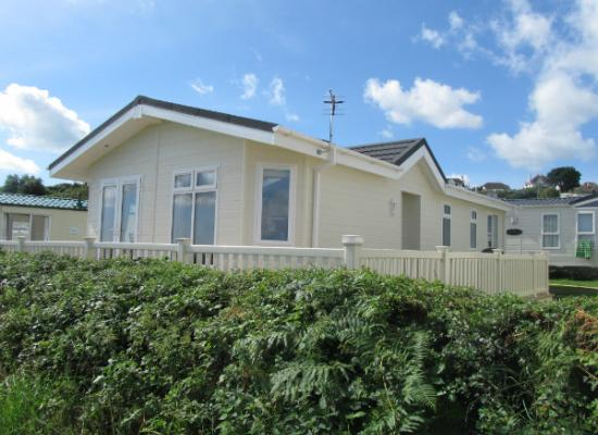 ref 1054, Waterside, Paignton, Devon