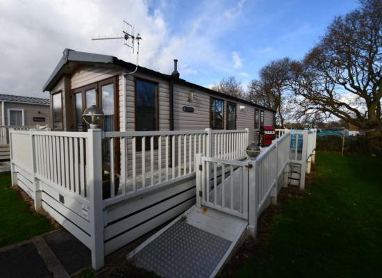 ref 10645, Hayling Island Holiday Park, Hayling Island, Hampshire
