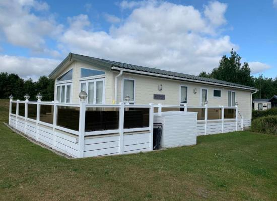 ref 10720, Hopton Holiday Village, Great Yarmouth, Norfolk