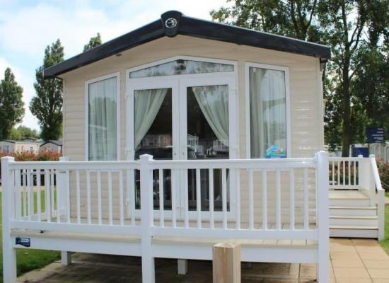 ref 11128, Hopton Holiday Village, Great Yarmouth, Norfolk