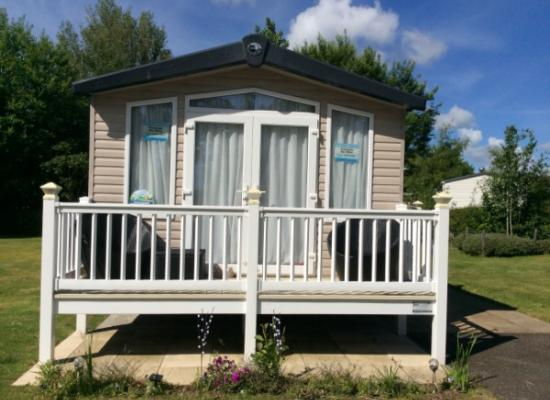 ref 1593, Hopton Holiday Village, Great Yarmouth, Norfolk