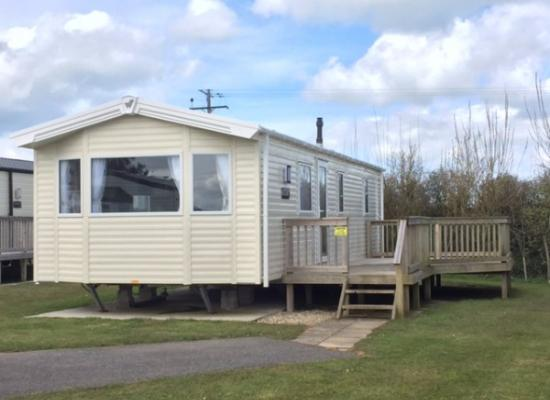 ref 2325, Gunvenna Holiday Park, Wadebridge, Cornwall