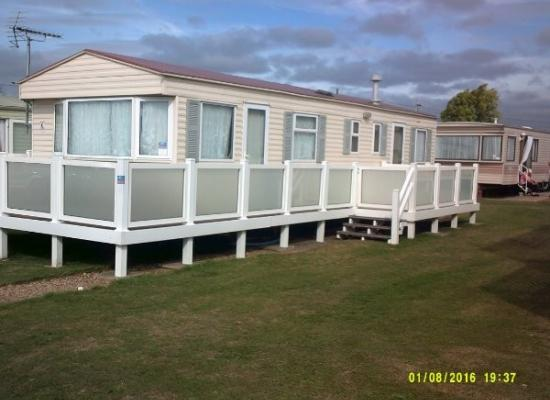 ref 3999, Coopers Beach, Colchester, Essex