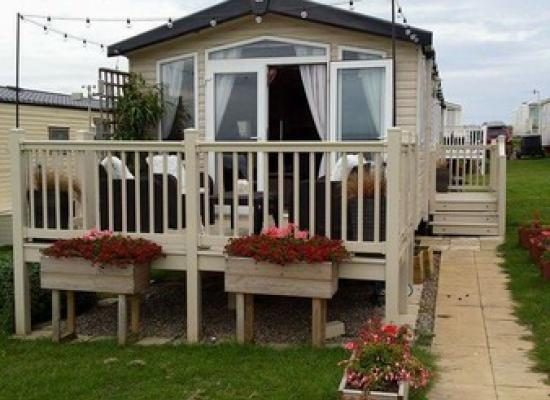 ref 5858, Blue Dolphin Holiday Park, Filey, North Yorkshire