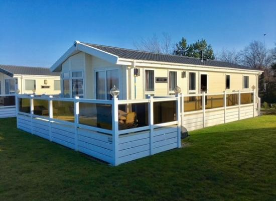 ref 6864, Hopton Holiday Village, Great Yarmouth, Norfolk