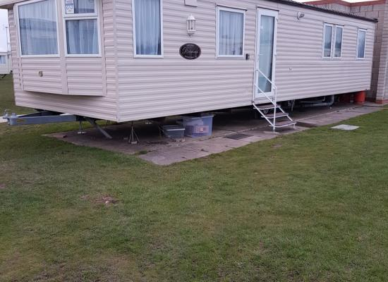 ref 6933, Naze Marine Holiday Park, Walton-on-the-Naze, Essex