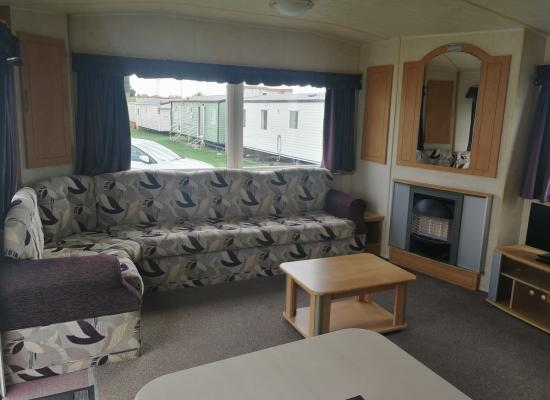 ref 7825, Naze Marine Holiday Park, Walton-on-the-Naze, Essex
