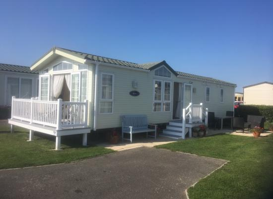 ref 7990, Church Farm Holiday Village, Chichester, West Sussex