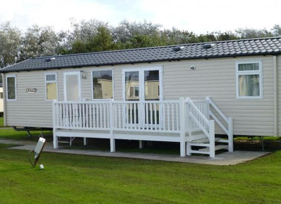 ref 8070, Church Farm Village Holiday, Chichester, West Sussex