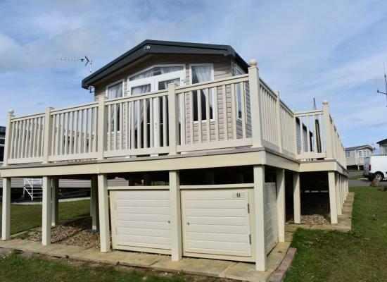 ref 8128, Blue Dolphin Holiday Park, Filey, North Yorkshire