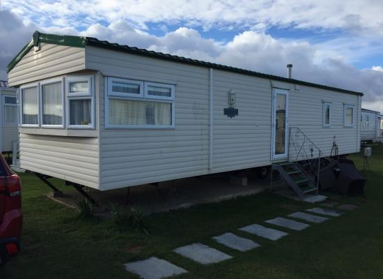 ref 8552, West Sands Holiday Park, Selsey, West Sussex