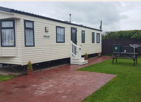 ref 8556, Flamingoland Holiday Park, Malton, North Yorkshire