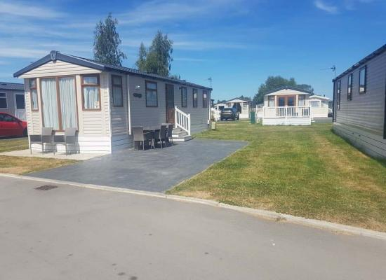 ref 8643, Flamingoland Holiday Park, Malton, North Yorkshire