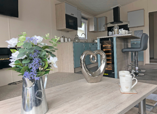 ref 8653, 7 Lakes Country Park, Crowle, Lincolnshire