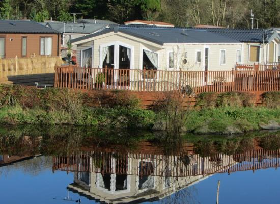 ref 8710, Woodland Vale Holiday Park, Narberth, Pembrokeshire