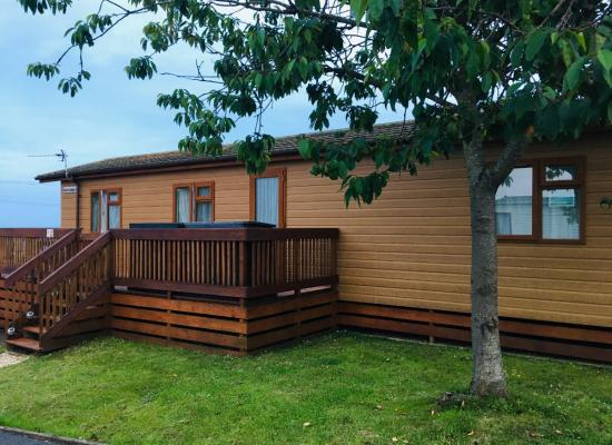 ref 9665, Oakcliff Holiday Park, Dawlish, Devon