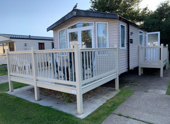 ref 9713, Thorpe Park, Cleethorpes, Lincolnshire