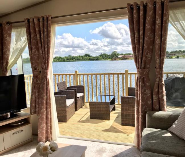 ref 7984, 7 Lakes Country Park, Scunthorpe, Lincolnshire